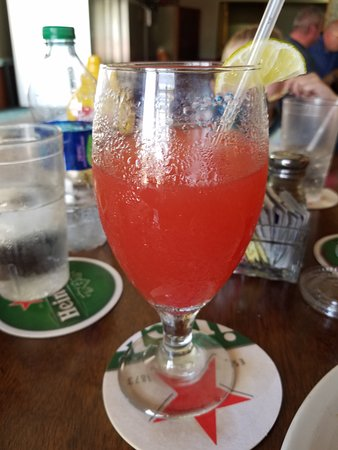 Blue Bittch Bar: Guavaberry Rum Punch hits the spot