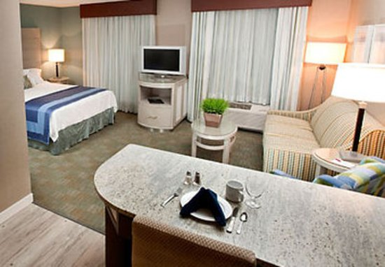 Residence Inn Portsmouth Downtown/Waterfront: Suite