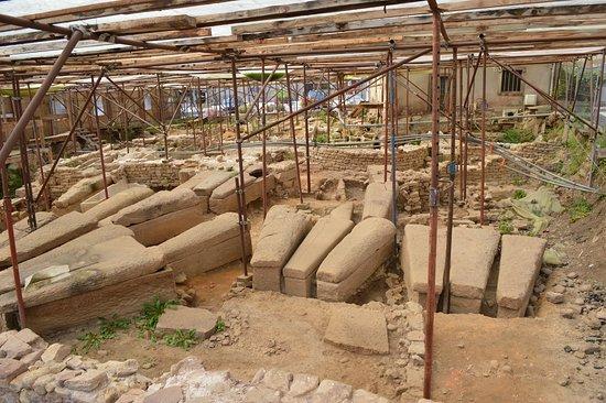 Fouilles Archéologiques de l'Église Saint-Martin