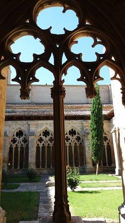 Sasamon, إسبانيا: Detalle de la decoración del claustro