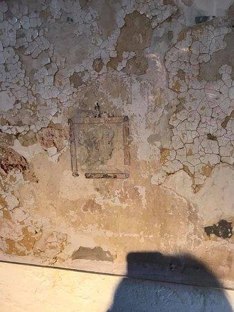Burlington County Prison Museum: art on the walls