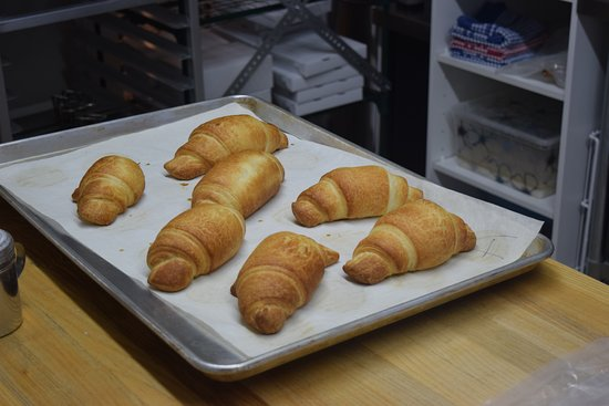 Hearst, Canada: Croissants natures