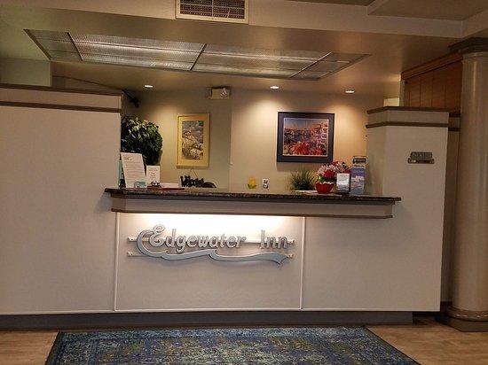 Edgewater Inn Photo