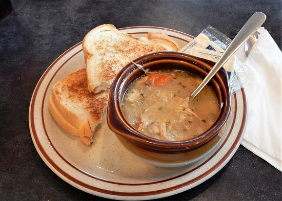 Bath, Нью-Йорк: Grilled Cheese and Homade Turkey Soup