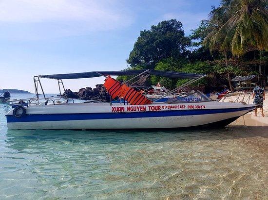 An Thoi, Βιετνάμ: dịch vụ cho thuê cano và thuyền đi tham quan hòn móng tay hòn dâm ngang và hòn mây rút hòn thơm