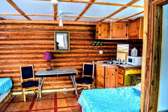 Iskut, Canada: older cabin #5 3 single beds