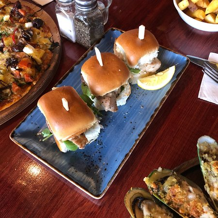 Pepper Tree Restaurant & Bar照片