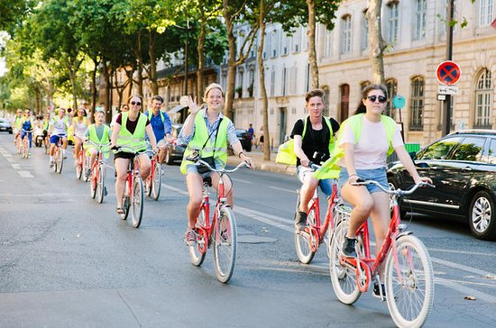 Abendliche Radtour durch Paris