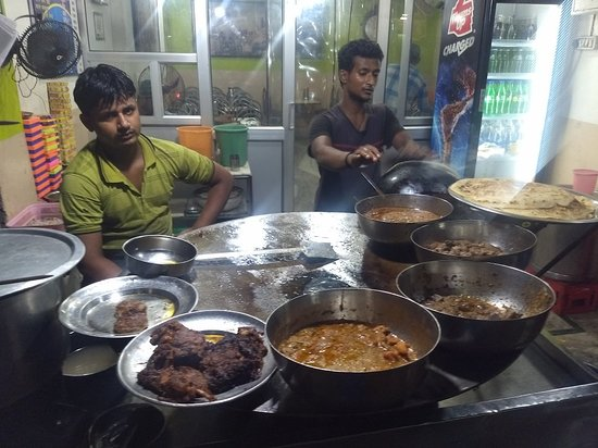 Aminabad: IMG_20180823_230907478_BURST000_COVER_TOP_large.jpg