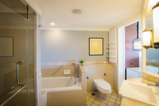 Hilton Phuket Arcadia Resort & Spa: Suite