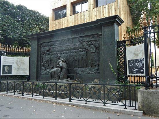 Monument à Aristide Briand