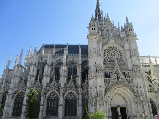 Cathedrale Notre Dame de Evreux: wow