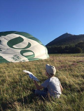 Pontgibaud, Frankreich: préparatifs au pied du Puy-de-Dôme