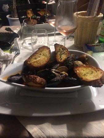 Ristorante Del Golfo: Zuppa di cozze e vongole