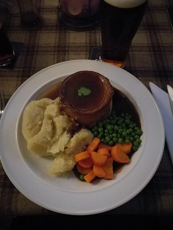 Eardisland, UK: Steak pie