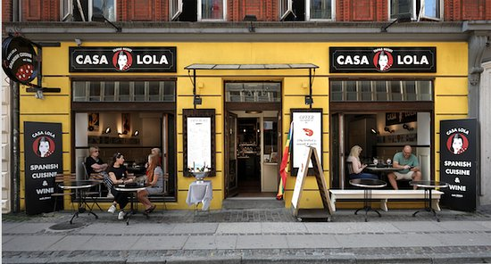 New Look ,Come see (: Tapas Huset Presents CASA LOLA