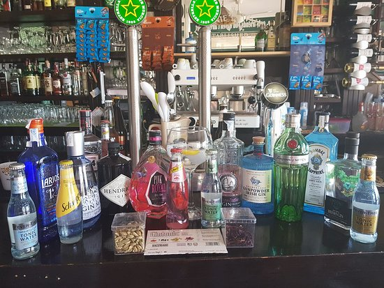 Los Alcazares, Spain: Wide selection Gin and tonic including Fever tree....always adding more.