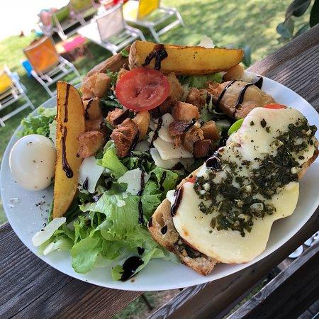 Le Lauzet Ubaye, Francja: Salade