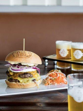 Sprimont, بلجيكا: Big Cheesy Cheeseburger