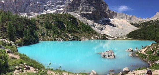 Lago di Sorapiss: Panoramica sul lago sorapis