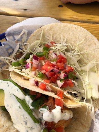 Shaka Taco: Yummy tacos