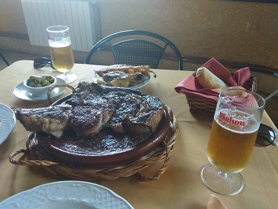 Burguillos del Cerro, Spania: El chuletón! Carne exquisita y de calidad