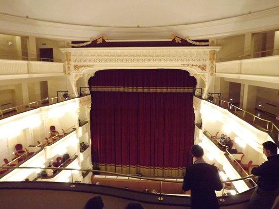 Teatro Comunale Raffaele Lembo