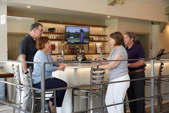 Penn National Golf Course: Black Oak Bar
