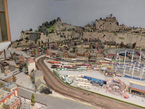 Musee du Jouet et de la Miniature