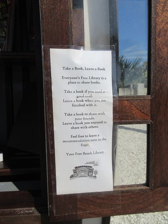 Indian Rocks Beach, Floride : Instructions for the Beach Library (in a Boat)!