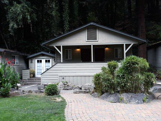 Cottages on River Road: 20180824_095842_large.jpg