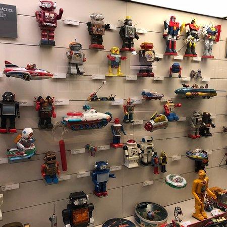"""Resultat d'imatges per a """"museu de la joguina figueres"""""""