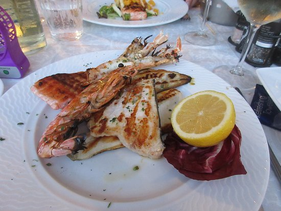 Ristorante Con Pizzeria Colomba: Mixed fish grill: superb and abundant