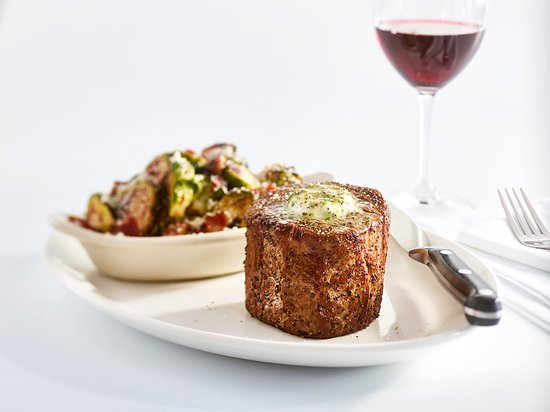 Stoney River Steakhouse and Grill: Filet Mignon