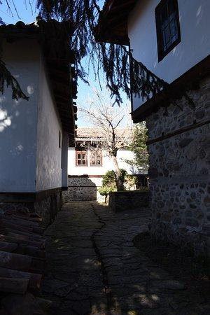 Varosha Ethnographic Complex: Cobbled street in Varosha