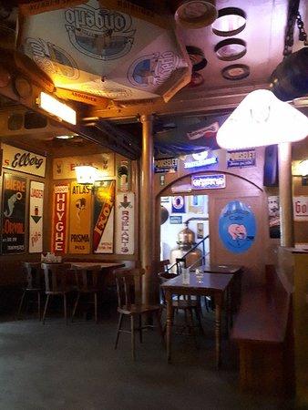 Floris Bar: 20180823_180030_large.jpg