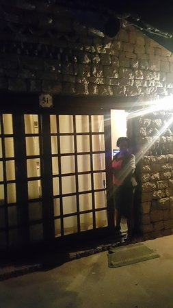 Great Zimbabwe: Entry Door to the Executive Lodge