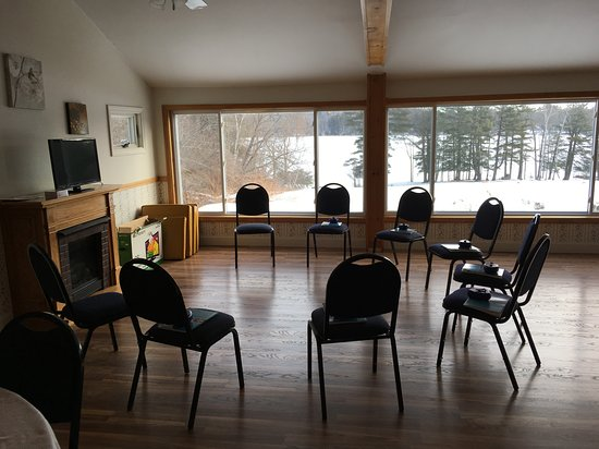 Highland Lake Resort: Conference Room in Winter