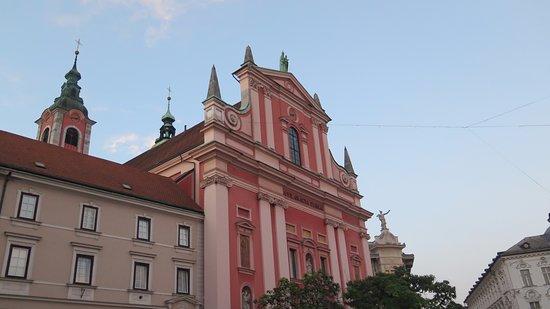 Franciscan Church (Franciskanska cerkev): Fachada 2