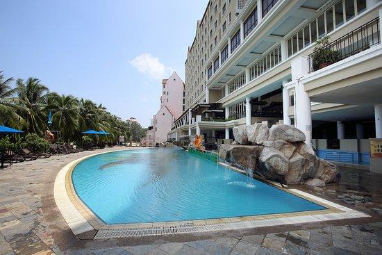 Swimming Pool Jpg