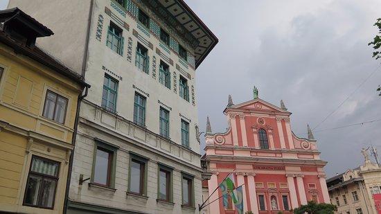Franciscan Church (Franciskanska cerkev): Fachada 3