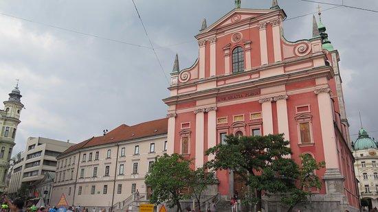 Franciscan Church (Franciskanska cerkev): Fachada 5