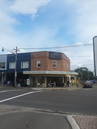 Right on the corner of the Grand Parade & Alice Street Sans Souci