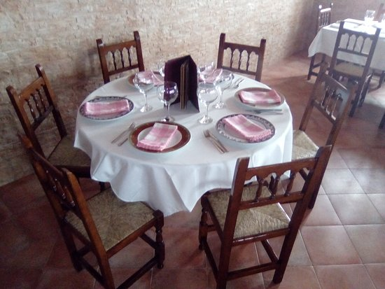 Salón-Comedor - Bild von Restaurante Café-Bar Nieto ...