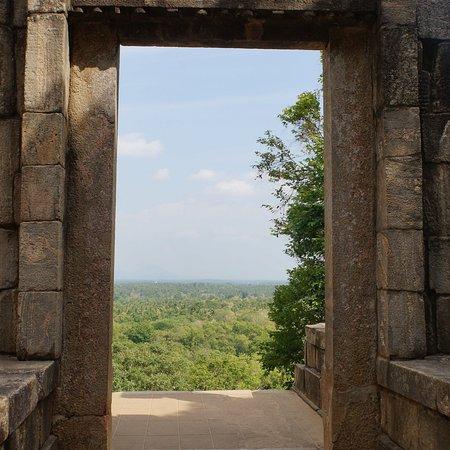 Yapahuwa, Шри-Ланка: photo4.jpg