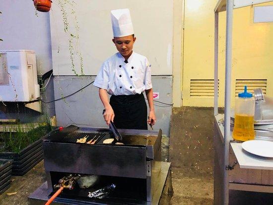 Hotel Aryaduta Palembang: BBQ Dinner