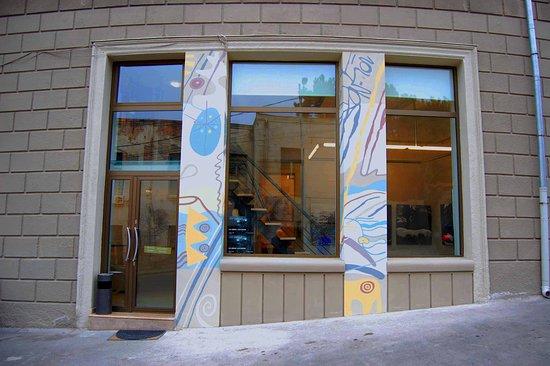 Vanda Art Gallery