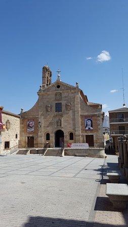 San Juan de la Cruz Church: Fachada de la iglesi