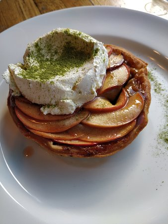 Woodbridge, Australia: Apple flan