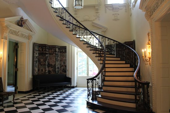 Atlanta History Center: The Spiral Staircase In The Swan House.